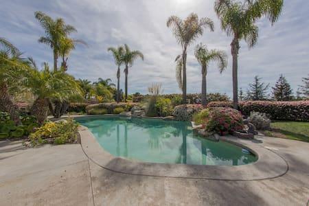 Rancho Santa Fe peace & tranquility - Rumah