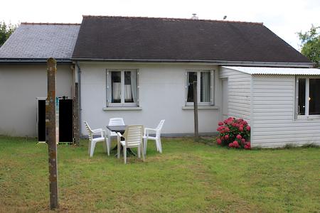 Petite maison avec jardin au calme dans le centre - Hus