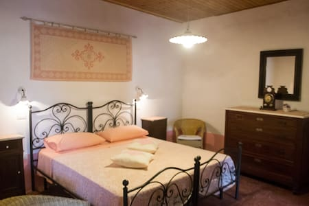 camera matrimoniale - San Vito - Bed & Breakfast