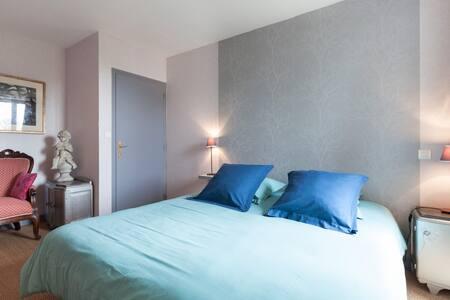 Chambre d'hôtes - calme et confort  - House