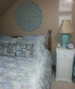 Pretty Bedroom in Barnegat Bay Area - Ház