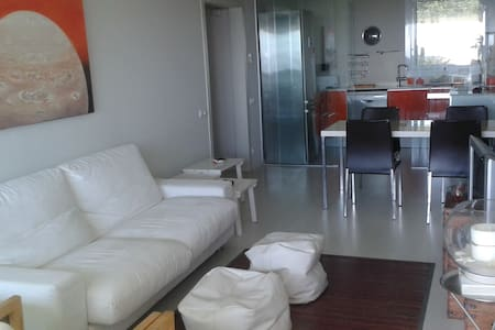 Moderno apartamento totalmente equipado - Sant Feliu de Guíxols