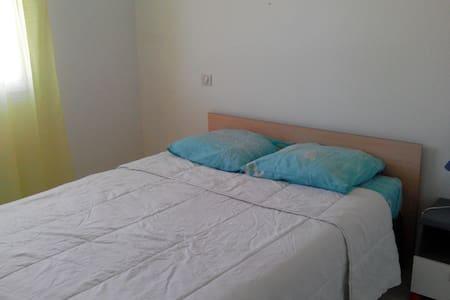 Chambre chez l'habitant à Mios - Mios - Rumah