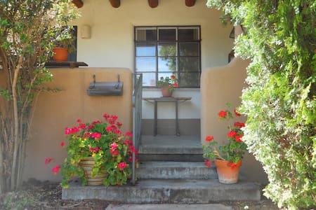 Peaceful home Juniper - Santa Fe - Maison