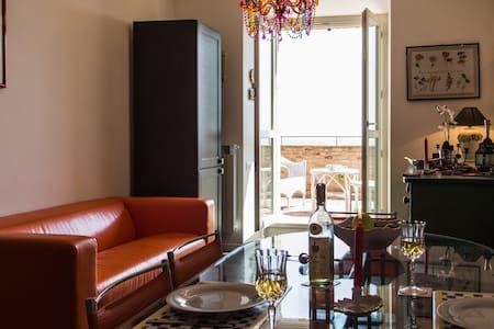 delizioso appartamento in centro - Osimo - Apartment