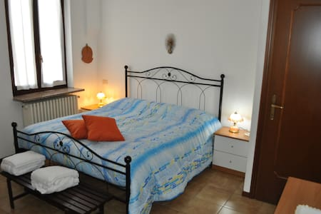 casa billa cascina giulia pavia - Bed & Breakfast