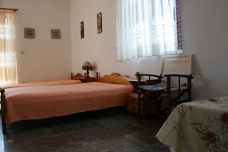 Dora's apartment on the beach - Apartemen