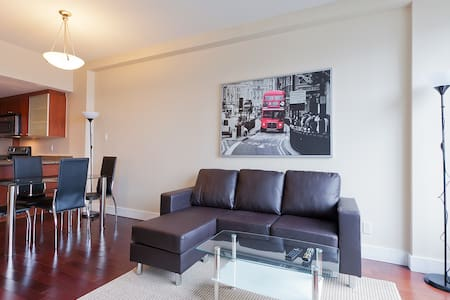 Old Montreal Luxury Condo 1 BR-2