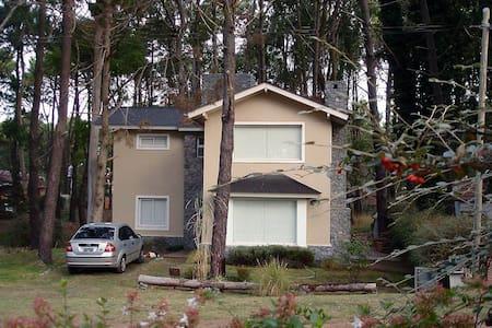 Casa en Bosque de Valeria Del Mar - Casa