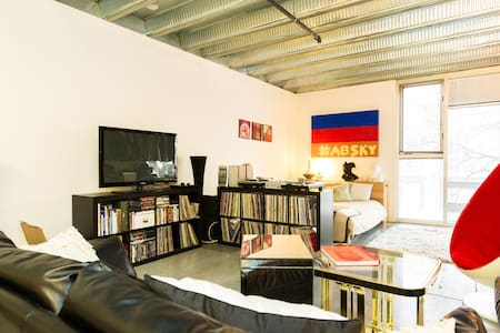Downtown Industrial Studio apt