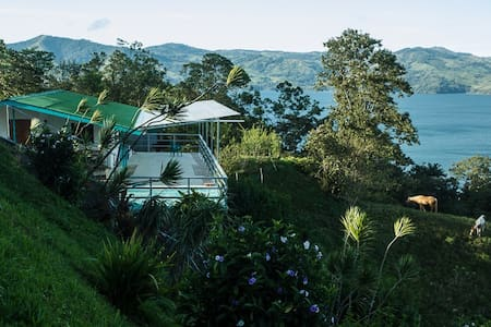 Guesthouse in quiet, gorgious spot - Nuevo Arenal