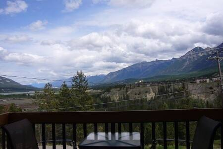 Radium Condo with the Perfect View - Lejlighed