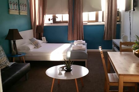 Manly beach studio, roof pool & spa - Manly