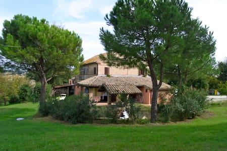 """Country House """"La Gioia""""  - trecastelli (castelcolonna) - Villa"""