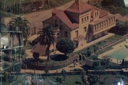 Villa Colonial con Piscina - Haus