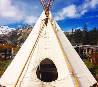 Squaw Valley Stables Tipi - Olympic Valley - Tipi