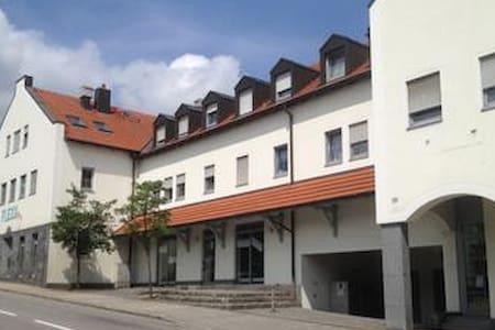 x Taufkirchen/Vils  Zentral m Balkon - Wohnung
