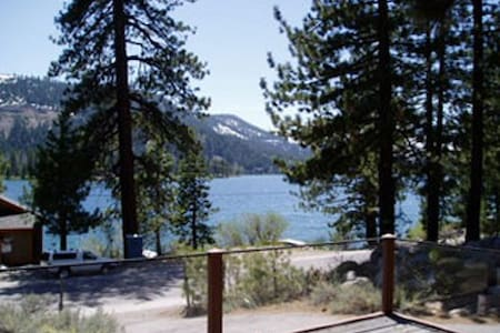 DONNER LAKE VIEW, CABIN RENTALS located Truckee CA - Cabin