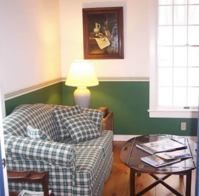Den/sofa bed, Private Bath and TV