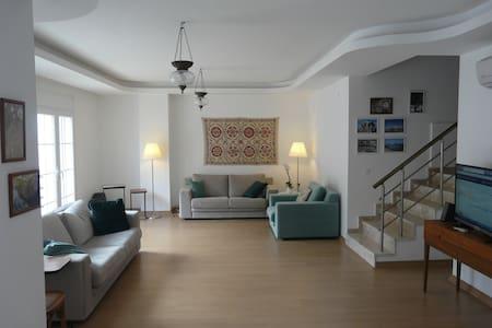 Marmaris Luxury Home Icmeler beach - Pis