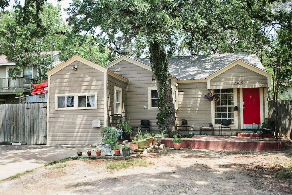 cozy 3 bedroom in the heart of atx houses for rent in austin