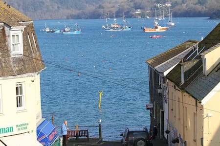 Spacious Accommodation in Salcombe