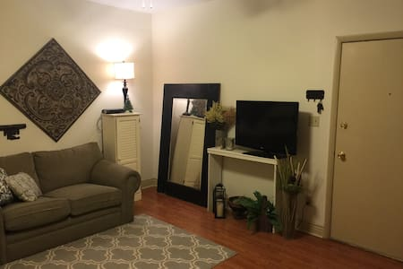 1 Bedroom Apartment On Mass Ave!