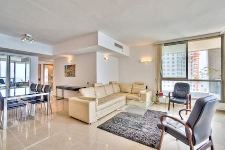 Seaview, beach, pool, gym, luxury - Wohnung