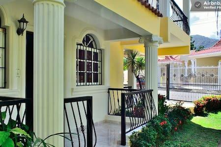 5 Bedroom Spacious Villa