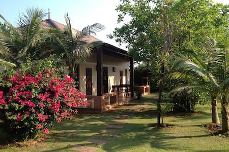 Srisawat Luxury Villas Paknampran - Pranburi