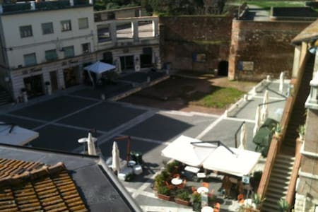 Apartment in the centre of Grosseto - Grosseto - Wohnung