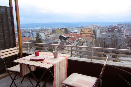Sea & City View Apartment - Apartamento