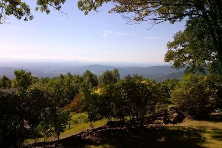 Cabin with panoramic view - The Red Fox Cabin - Stanardsville - Cabane