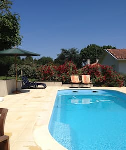Modern Fully-Equipped Private Detached House - Seyches