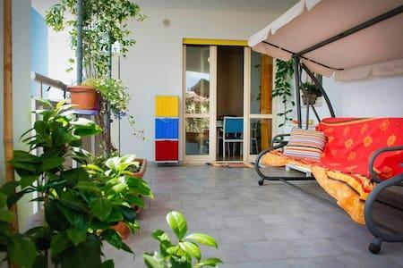 Le terrazze fiorite - Apartamento