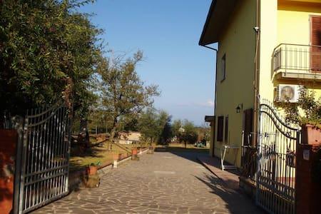 B & B La Rosa in Fiore - Corte Signorini III - Bed & Breakfast