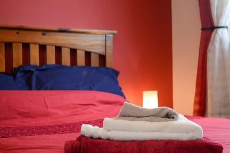 Great Leith Location,Double Room - Huoneisto
