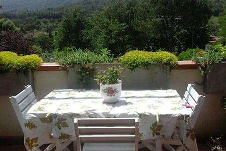 Hills of Tuscany-25min from Florence - Apartment