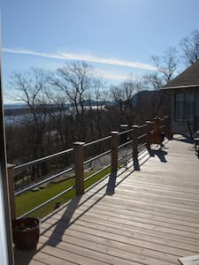 Amazing view of the Mississippi - Winona - House