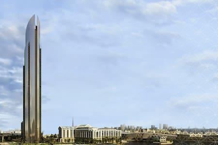 5 star Suite D1 Tower Versace, - Dubai - Apartemen