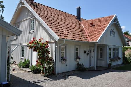 härlig villa - Villa