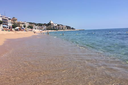 A 1 KM BEACH STUDIO WITH TERRACE - Sant Pol de Mar