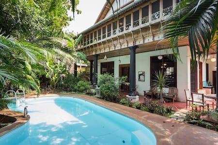 Luxury Kerala Architect Home - Kochi