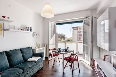 Cozy Apt in Milan close to MM1-Expo