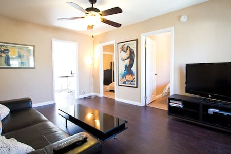 Perfect for the traveler on a budget, this great little room includes a private lock on the bedroom door, free wifi, free cable TV, and extra storage under the bed.  Conveniently located about 15 minutes away from LAX Airport and Redondo Beach :)