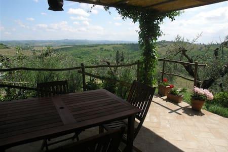 Relax in the countryside - Gambassi Terme - Rumah