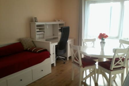 Relax between Stansted and London - Apartment