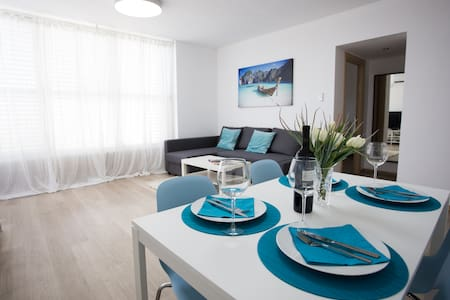 New amazing Luxury 3 room apartment. - Bat Yam - Lakás