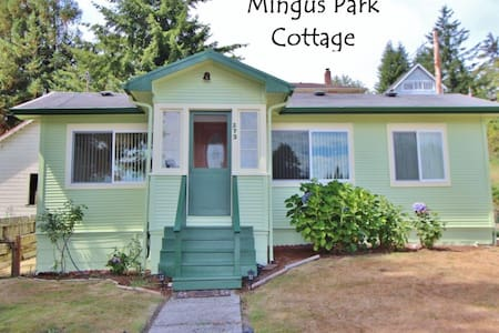 Mingus Park Cottage - Куз Бэй - Дом
