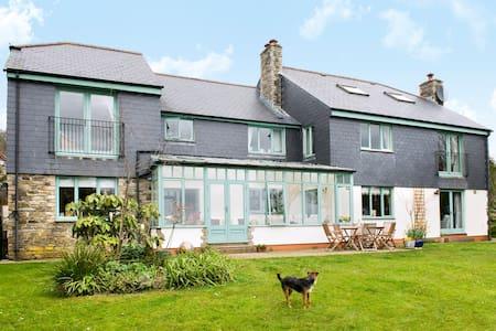 Cornwall 6 Bed Luxury House - Casa